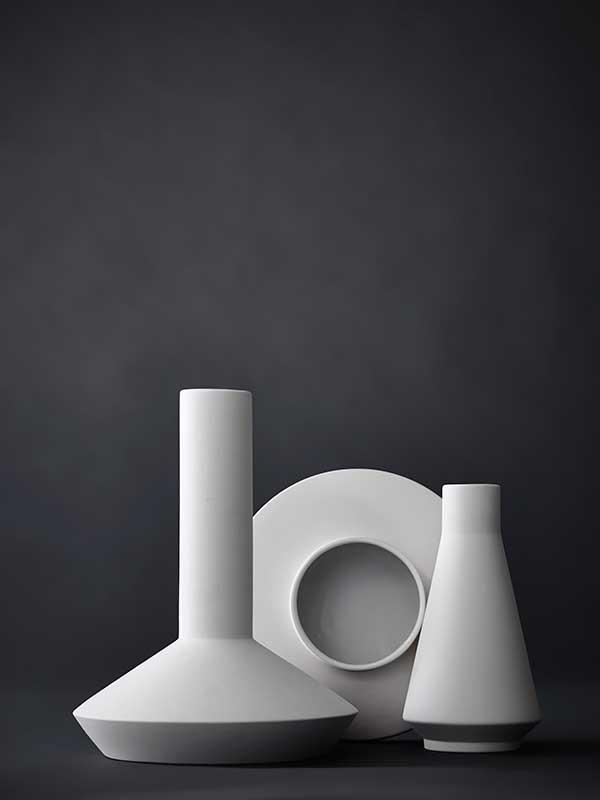 vases-white-2